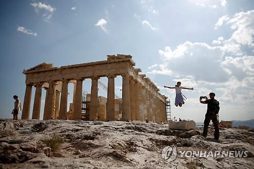 재정위기는 옛말...그리스 국채 금리 14년 만에 최저
