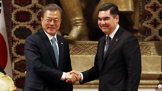 文대통령, 한-투르크멘 정상회담... 한반도·중앙아 평화 협력 등 논의