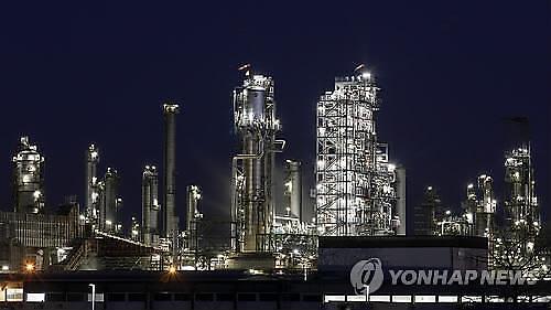 [국제유가] 美원유재고 감소로 상승 후 차익실현 매물로 하락반전...WTI 0.50%↓