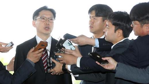 [포토] 출근하는 김경수 지사