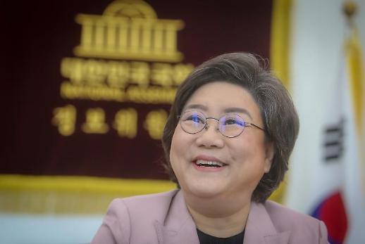 """[상임위원장 人터뷰] 이혜훈 """"文정부, 개혁에만 치중…'나쁜 규제' 너무 많다"""""""