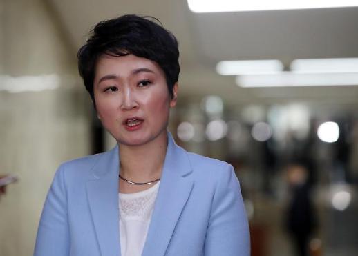 """이언주 """"한국당 입당 초읽기, 사실 아니다…올해 말까지 통합 에너지 만들어야"""""""
