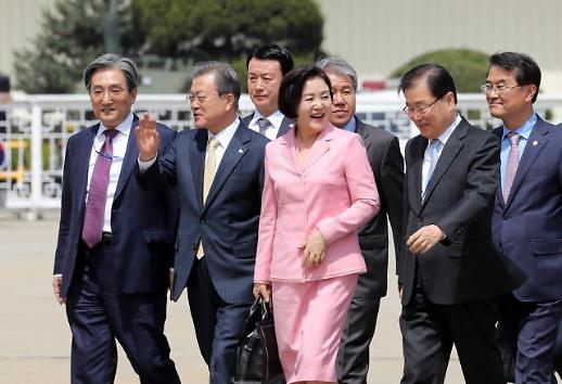 文대통령 비핵화 택한 카자흐, 평화 염원한 세계인에 용기 줘