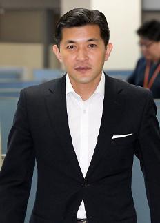헤럴드 매각한 홍정욱…내년 총선 노리나?