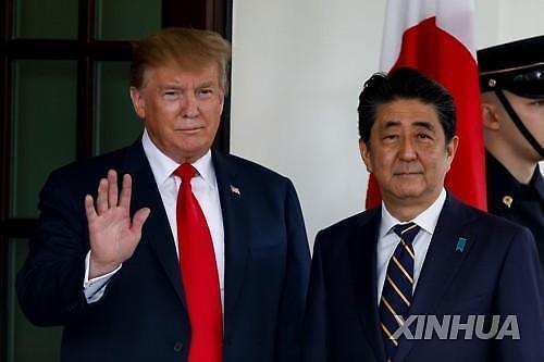 트럼프 방일서 아베에 무역협상 압박하고 대북 공조 확인할 듯
