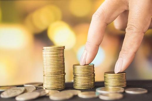 7등급자도 신용카드 발급 가능해진다…내년 상반기 2금융권 신용점수제 도입