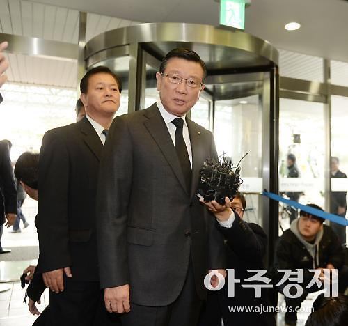 '회삿돈으로 선산 조성' 박삼구 전 금호아시아나 회장 검찰 송치