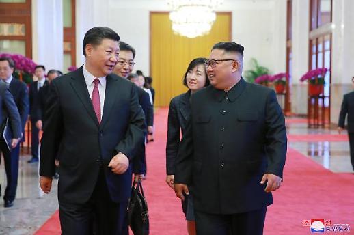 시진핑 방북에 南北 정상회담 촉각…靑 매달리지 않지만, 늘 준비