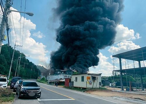 용인 스펀지 제조공장 화재…베트남 근로자 1명 부상
