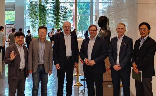 핀란드 통신사 엘리사 임원진, LG유플러스 방문…5G 벤치마킹