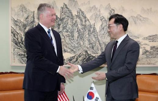 韓美 북핵수석대표 협의…비건 北과 논의할 준비돼 있다