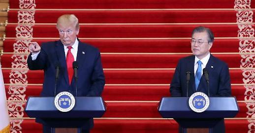트럼프 김정은과 케미 좋아…제재해제는 서두르지 않을 것