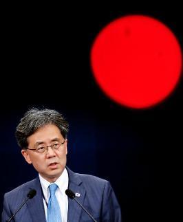김현종 국제법 위반한 건 日...韓대법원, 반인도적 강제징용 지적(종합)
