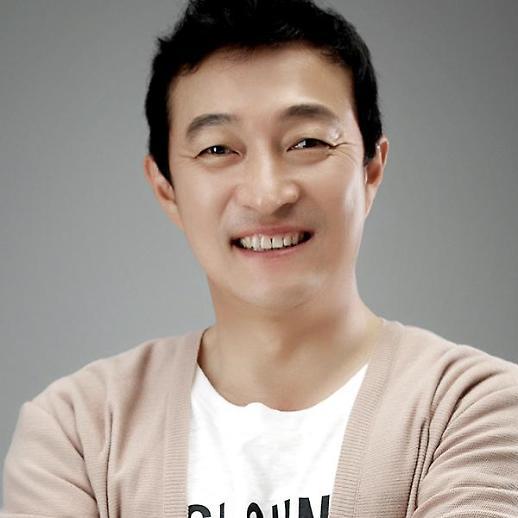 배우 이재룡, 술 취해 볼링장 입간판 부순 혐의로 기소유예…심려 끼쳐 죄송