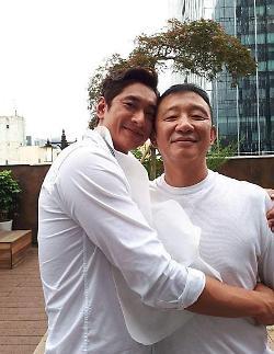 [#SNS★] 뭉쳐야 찬다 김요한, 농구대통령 허재보다 큰 키…두 사람의 키 차이는?