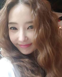 [슬라이드 #SNS★] 한채영, 40대라 믿기지 않는 무결점 피부·몸매 #미우새