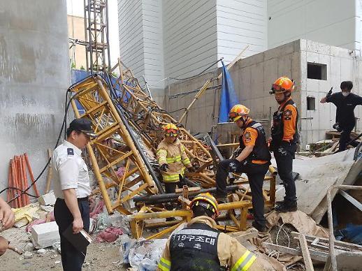속초 서희건설 아파트 공사장서 엘리베이터 추락…3명 사망(종합)