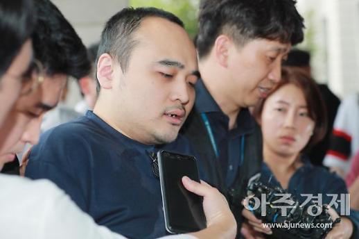 """'한강 토막살인' 장대호 얼굴 공개…""""흉악범이 양아치 죽인 것"""""""