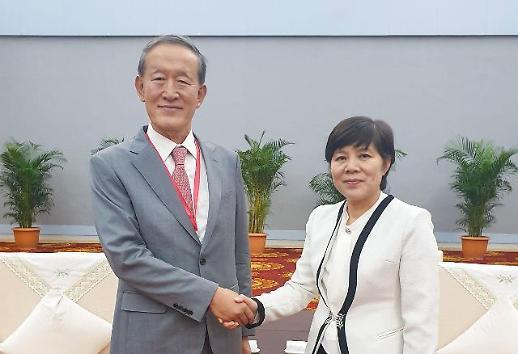 [한·중재계회의] 무역전쟁 속 재계 협력 강화 약속...변화 이끈다