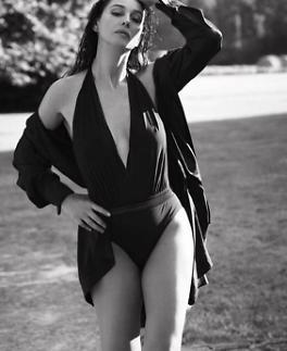 [슬라이드 #SNS★] 007 스펙터 모니카 벨루치, 나이 비켜간 고혹+섹시美