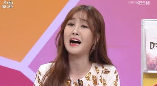 윤수현 어렸을 때 동요 부르면, 아주머니들이 눈물 흘렸다