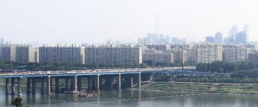 한강변 일대일 재건축 신반포18차 시공사 선정 재공고