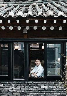 두레유 뭐길래 화제? 김풍 스몰웨딩 유현수 식당…미쉐린가이드 선정
