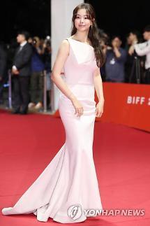 [2019 부산국제영화제] 디즈니 공주 윤아부터 섹시 변신 이열음까지…레드카펫 패션 다시보기