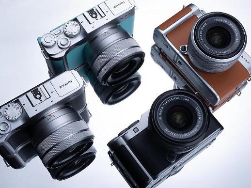 후지필름, 고품질에 더 가벼워진 미러리스 카메라 X-A7 출시