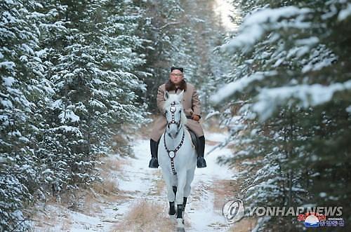 [이상국의 편집의눈]김정은 백두산 백마시위, 북한 도발 임박 예고?