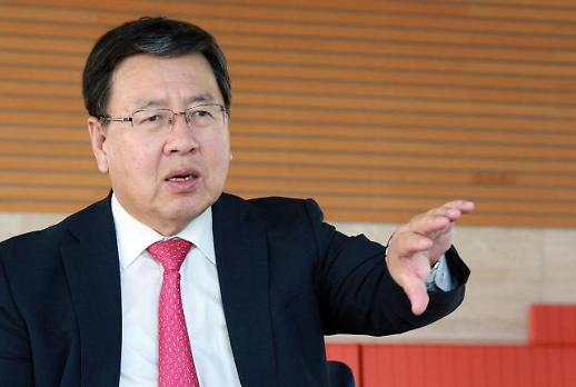 [아주초대석] 오정근 한국금융ICT융합학회 회장 586세대, 불로장생 욕심 버려라