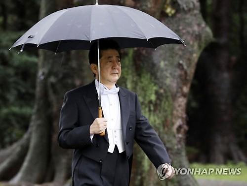 日아베, 북한 발사체 도발 강력 비난