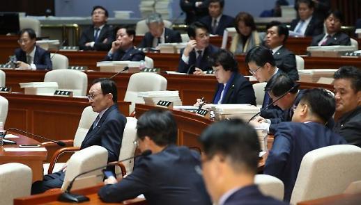 與 민식이법 원포인트 본회의…한국당이 필리버스터 먼저 철회해야