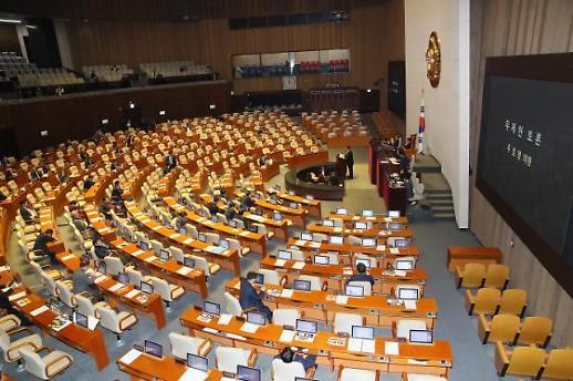 성탄절 필리버스터 자정 종료…27일 선거법 표결할 듯