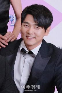 [2019 SBS 연예대상] 불청 최민용, 남자신인상 43살에 신인상…지나친 악플 X