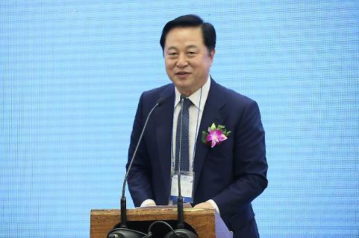 與지도부, 민심 이반 PK에 김두관 투입 고려