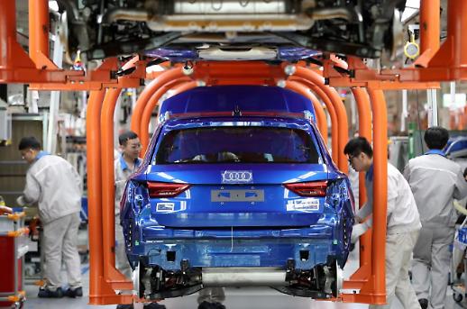 중국 자동차시장 2년째 역성장…올해는 반등 예상