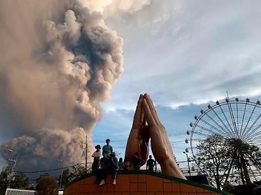 필리핀 화산 폭발 피해 확산...백두산은 안전할까? 예의 주시해야