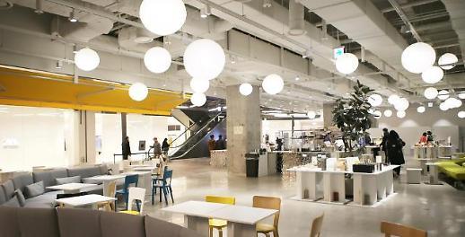 쉐이크쉑 버거, 람보르기니…HDC아이파크몰, 1층 공간 리뉴얼 오픈