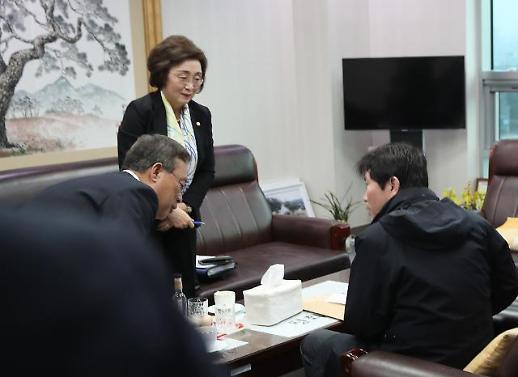 이인영·유성엽, 선거구 획정안 수용 논의…의견 수렴후 판단