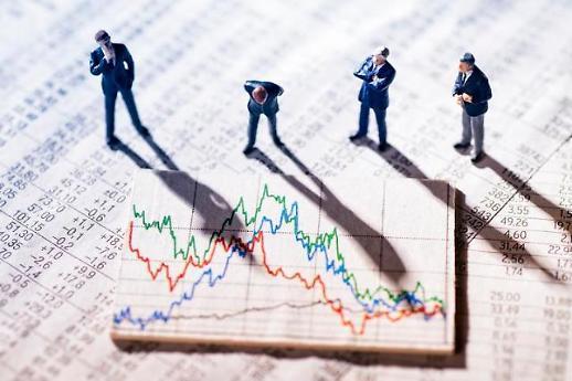 코로나19 여파… 보험·통신·은행 업종만 꿋꿋