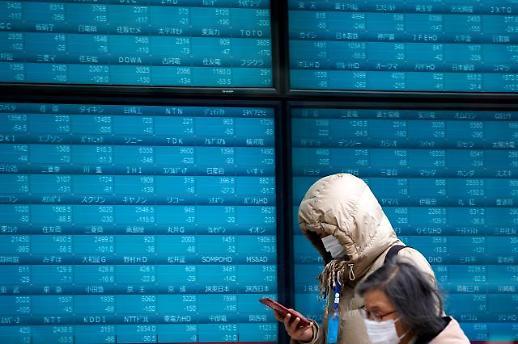 일본 증시 5%이상 급락…달러/엔 환율도 대폭 하락
