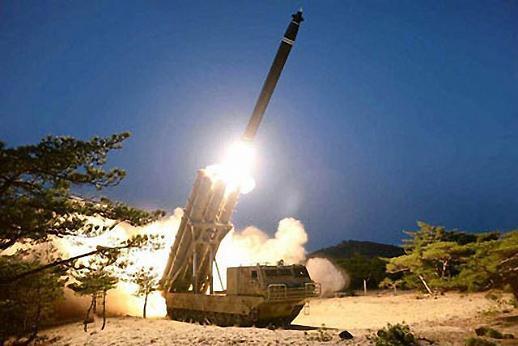 北 전날 발사체는 초대형 방사포... 실전배치 임박 시사
