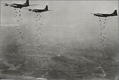 [김정래의 군과 법] 한국전쟁 당시 미군 폭격에 대한 손해배상 청구... 법원의 선택은