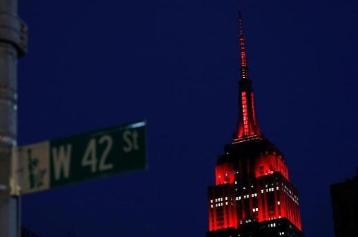 [코로나19] 미국 끝나지 않는 악몽…뉴욕 일일 사망자 또 사상최다