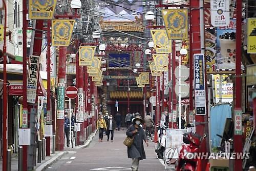 [코로나19] 일본 신규 확진자 다시 400명대로 껑충