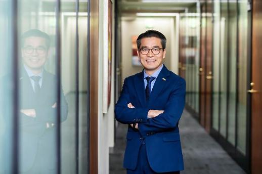 [아주초대석] 김희배 한국테라데이타 지사장 클라우드 DW로 중견기업·스타트업도 데이터 기반 경영 시대 연다