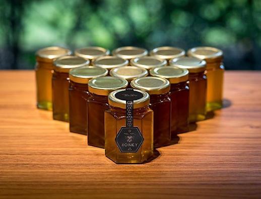 롤스로이스모터카, '세계 꿀벌의 날' 동참... 25만 마리 서식처 제공
