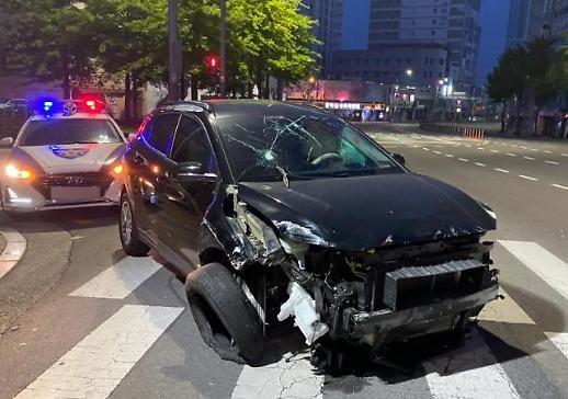 만취 교통사고 30대 운전자, 도로 옆 가드레일 들이받아 [사사건건]