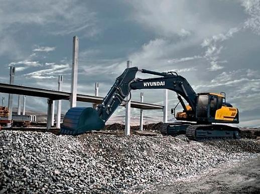 현대건설기계, 30톤급 굴삭기 신모델 출시…연비 15% 향상
